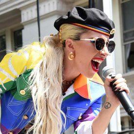 optic2000-lunettes-soleil-célébrité-lady-gaga-gaypride