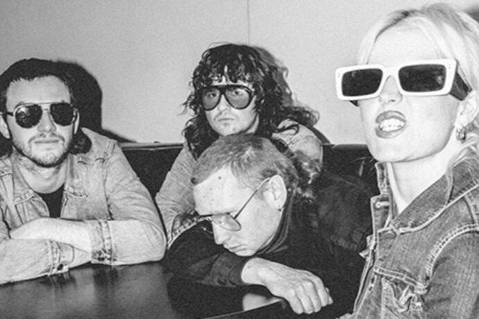 Amyl And The Sniffers Lunettes Gucci