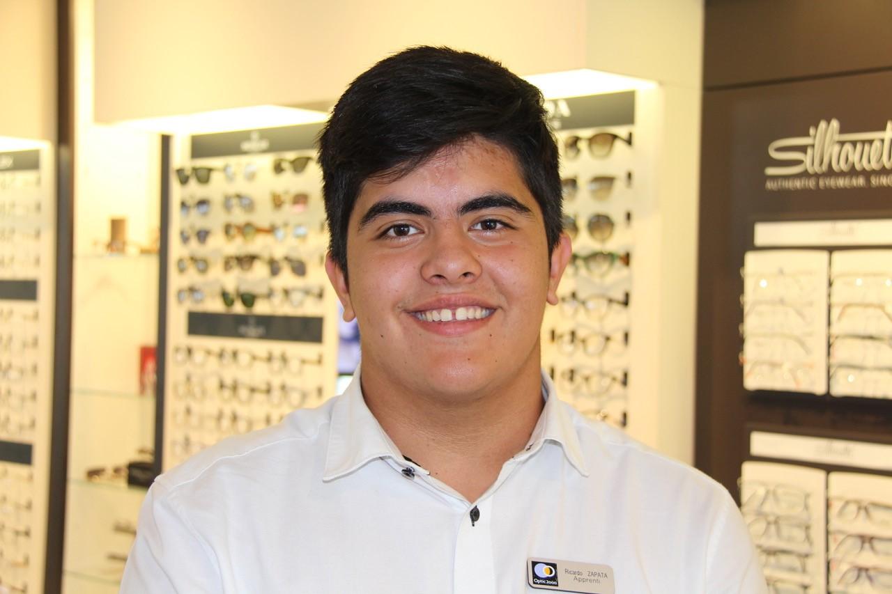 Ricardo Zapata Apprenti Opticien